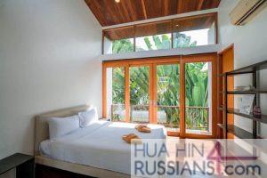 Аренда виллы с 3 спальнями у моря в Пранбури — 80131 на  за 180000